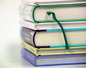 books-1943625_1280
